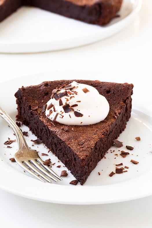 Flourless Chocolate Cake   Cooking Classy