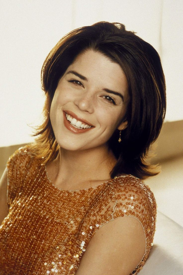 Neve Campbell - b. Guelph, Ontario - *Scottish (father) *Dutch, with some Sephardi Jewish (mother)