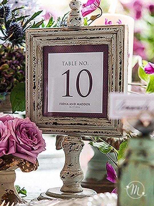 Segnatavolo in legno vintage.  Perfetti per numerare i tavolo del vostro matrimonio in perfetto stile vintage. Misure: 14.5 x 11.5 x 29 cm #matrimonio #wedding #segnaposto segnatavolo #vintage #party #ceremony