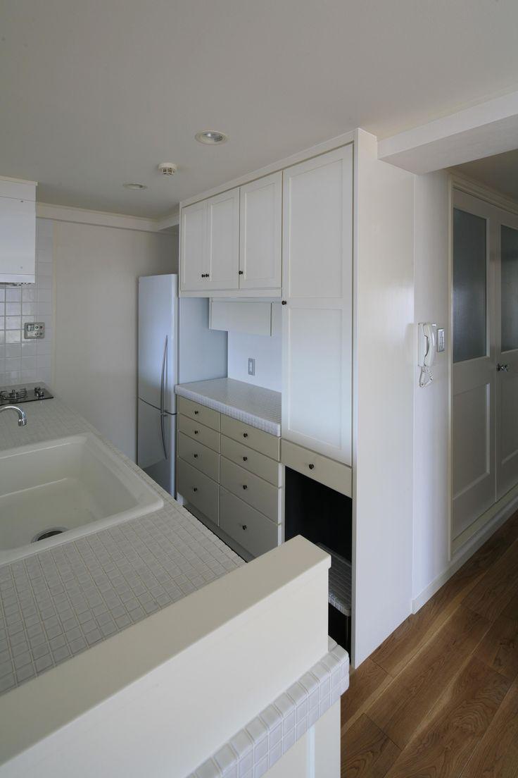 K邸の部屋 計算された使いやすいキッチン収納棚