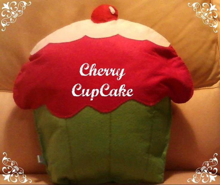 cherry cupcake - cuscino a forma di cupcake con mega ciliegia