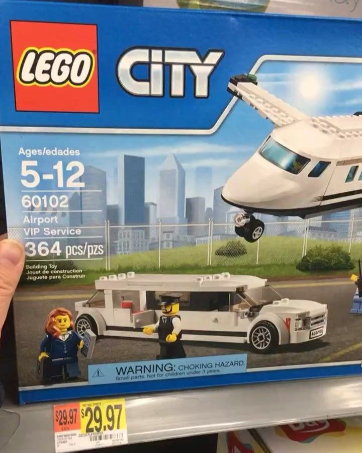 Monday night Lego clearance hunt @walmart .  Good luck on your hunt! =============== Tag me in your finds.  I love seeing what's out there. =============== . . . . . . . . Dot dot dot.... Now for the hashtags #lego #legophoto #legostagram #legos #sundayfunday #legomania #legobatman #legostarwars  #legomovie #legoninjagomovie  #legolover #brickuniversity #bargain ! #afol #legominifigures #minifigure #minifigures #brickcentral #bricknetwork #instalego #vlog #legoclearance #legodeals…
