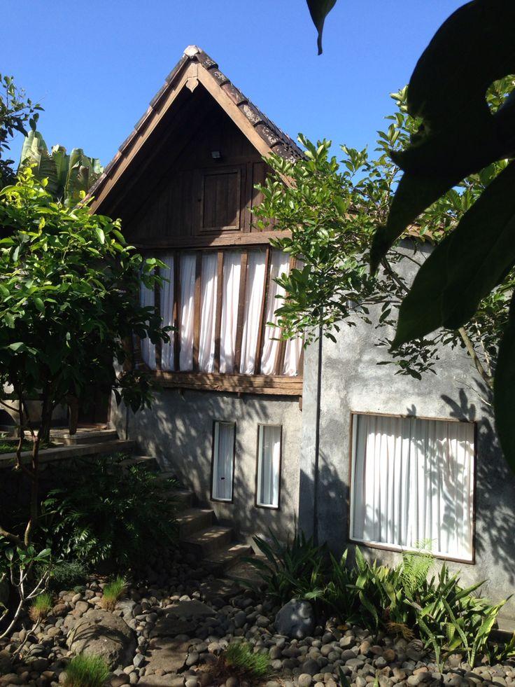Java teak house : lumbung