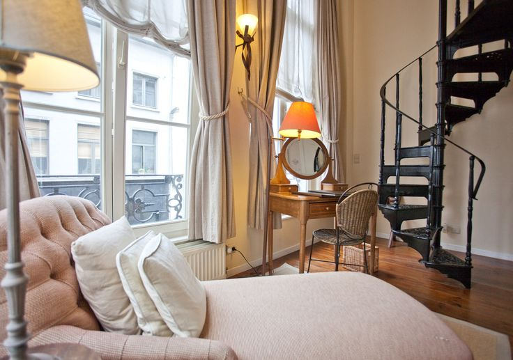 Hotel 'T Sandt Antwerp - Home - About 't Sandt Hotel