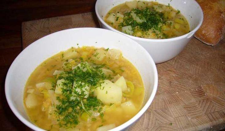 Soppa med röda linser. Riktigt gott och superenkelt att göra.