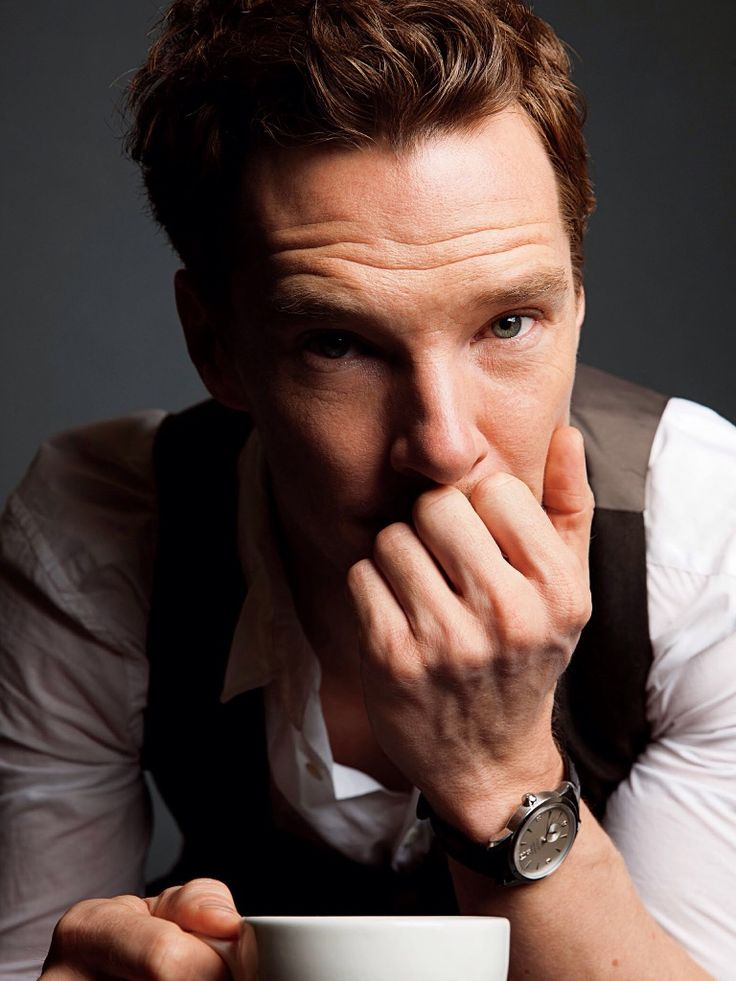 Wait...why hasn't Benedict Cumberbatch hosted SNL yet?