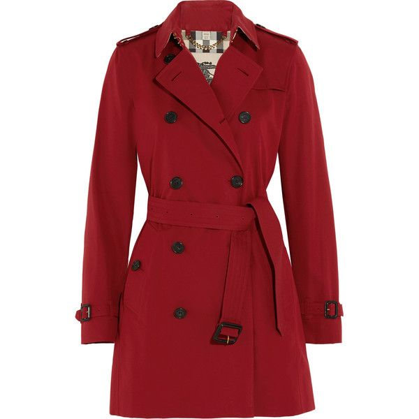 Burberry London The Kensington Mid cotton-gabardine trench coat (43.070 CZK) ❤ liked on Polyvore featuring outerwear, coats, jackets, coats & jackets, red, double breasted trench coat, trench coat, red coat, military trench coat and cotton coat