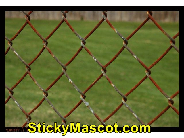 cool info on average cost of building a chain link fence