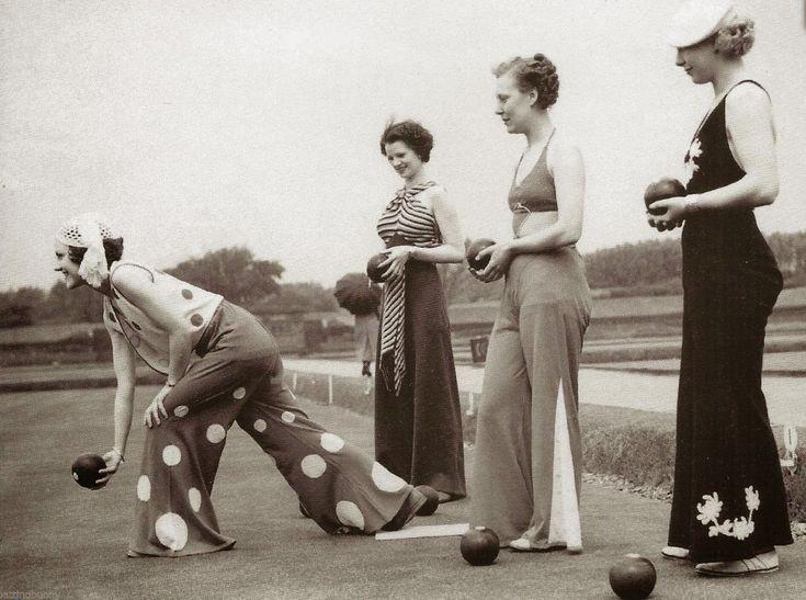 1935  The Glory of the Vintage 1930s Beach Pajama