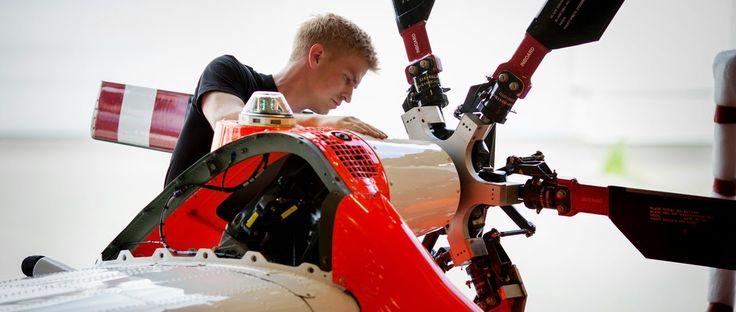 Sextant Blog: 51.) Helicopter - Rotor's Control detail - Hubschrauber - ВЕРТОЛЁТ - Helikopter Forgószárny Vezérlés részletek.