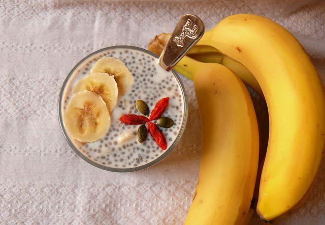 Vöröskaktusz diétázik: Banános chia puding http://voroskaktuszdietazik.blogspot.hu/2016/03/bananos-chia-puding.html