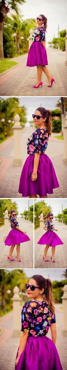 .saia midi roxa e blusa floral