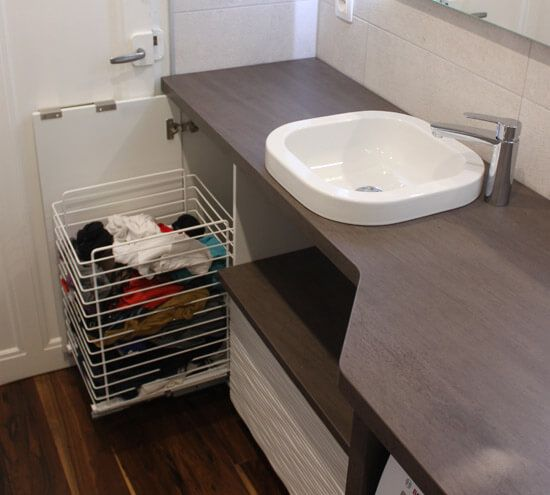 17 meilleures id es propos de panier linge sur - Meuble linge sale salle de bain ...