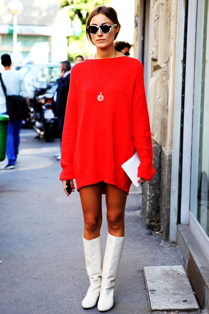 Well I'm leaving for England in an hour and wont be posting very  frequently, I am posting some style inspiration for the holidays, I don's  credits for these but I'm sure a lot are from Stockholm Streetstyle. If you  want a credit please leave a comment with your info!    XO      XO