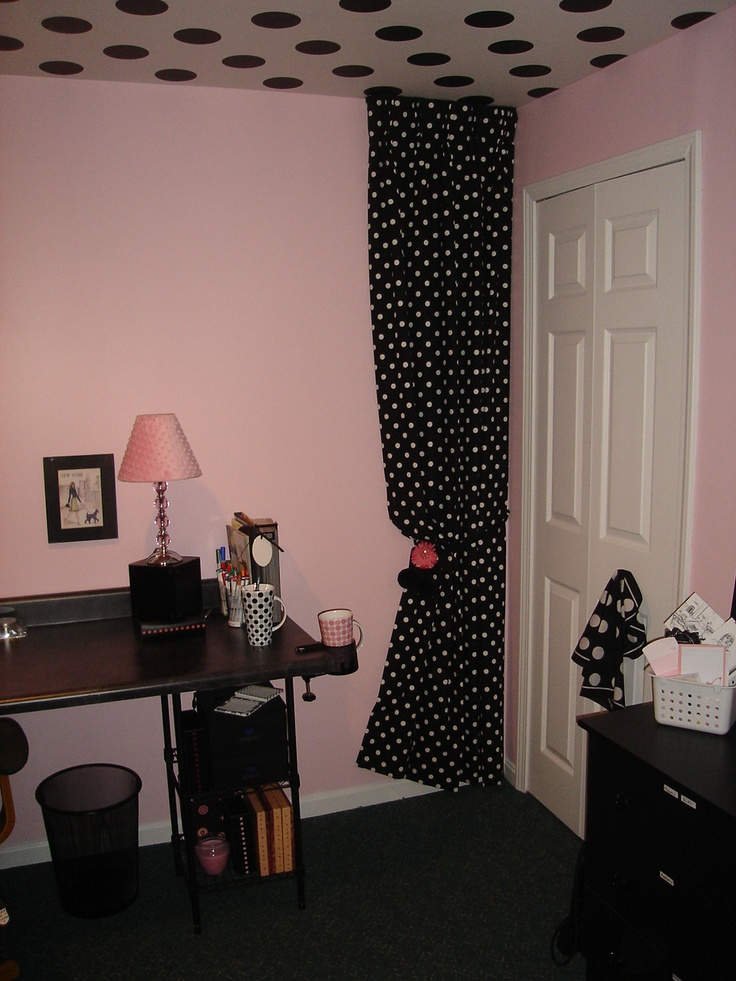 Reorganizing Room: LOVE This Ceiling! I Love Me My Poke-your-dots!!!! Design