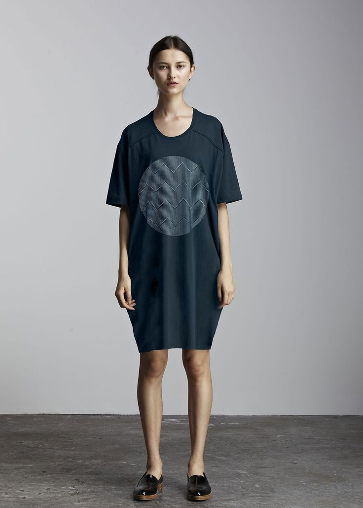 kowtow - 100% certified fair trade organic cotton clothing - Circle Exposure Dress