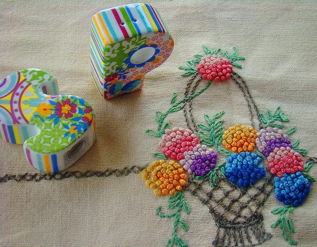 Luscious French knots.