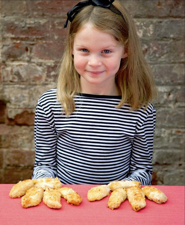 Crunchy chicken fingers by Sabrina Parrini from Little Kitchen | Cooked