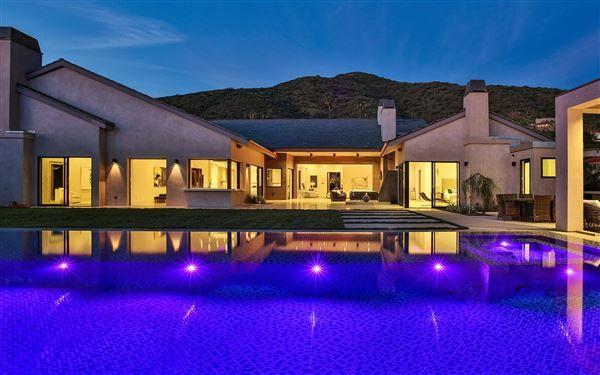 A MASTERPIECE | California Luxury Homes | Mansions For Sale | Luxury Portfolio