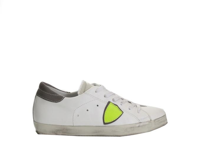PHILIPPE MODEL LOW CLASSIC SNEAKERS  http://www.montenapoleoneluxury.com/products/women-shoes/philippe-model/sneakers/090339244918040623133/philippe-model-low-classic-sneakers.html?cGFnZT04
