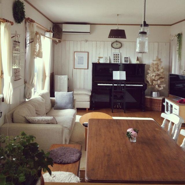 toccoさんの、リビング,音楽,ピアノ,DIY,板壁,暮らし,ピアノがある部屋,イベント参加,娘達,ピアノ演奏,のお部屋写真