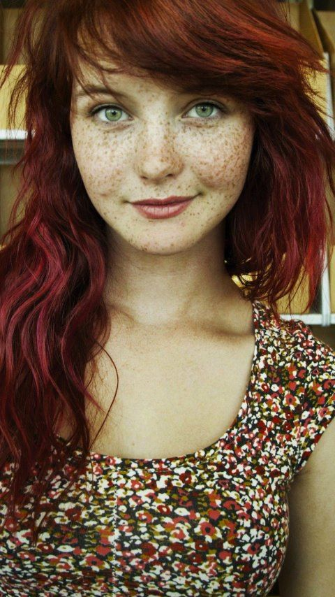 Sweet lord. This girl is beautiful.  Not a celeb but I'm girl crushing her anyway.  deep red and freckles #mirabellabeauty #redhead