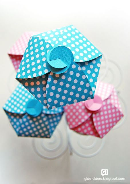 ATELIER CHERRY: Caixa de cupcake