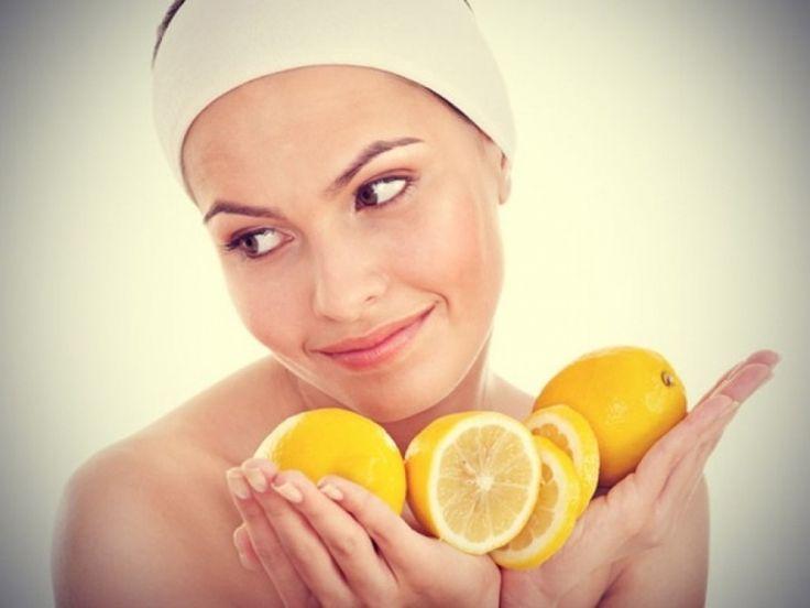 Gesichtsmaske mit Quark und Zitrone spendet Feuchtigkeit