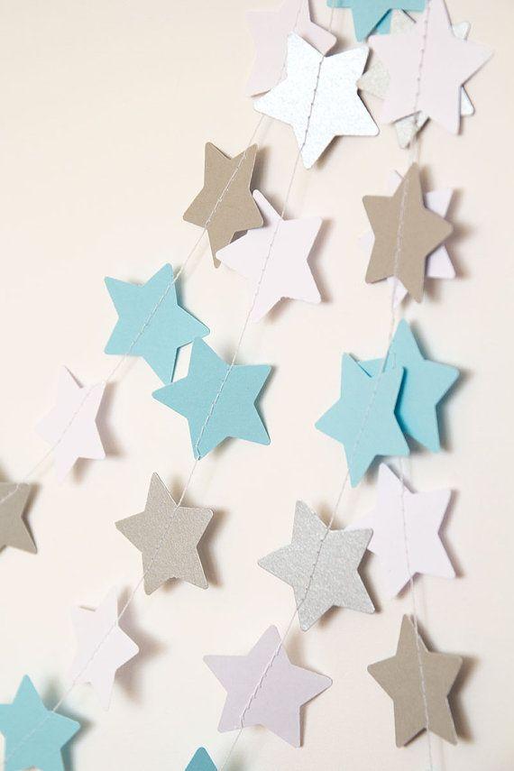 Kinderzimmer sterne blau  Die besten 25+ Sternen girlande Ideen auf Pinterest | Wickel-Ideen ...