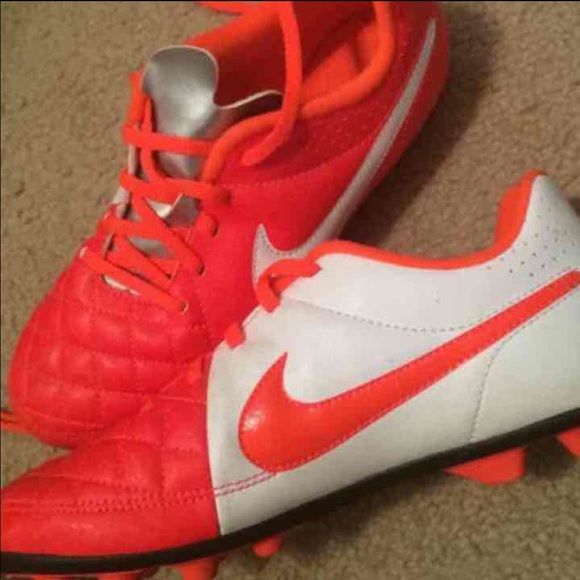 Nike Cleats Size Y4.5 .. Womens 6 Like new ! Bright orange cleats Nike Shoes Athletic Shoes