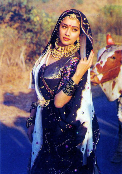Promotional picture from the sets of 100 days. madhuri