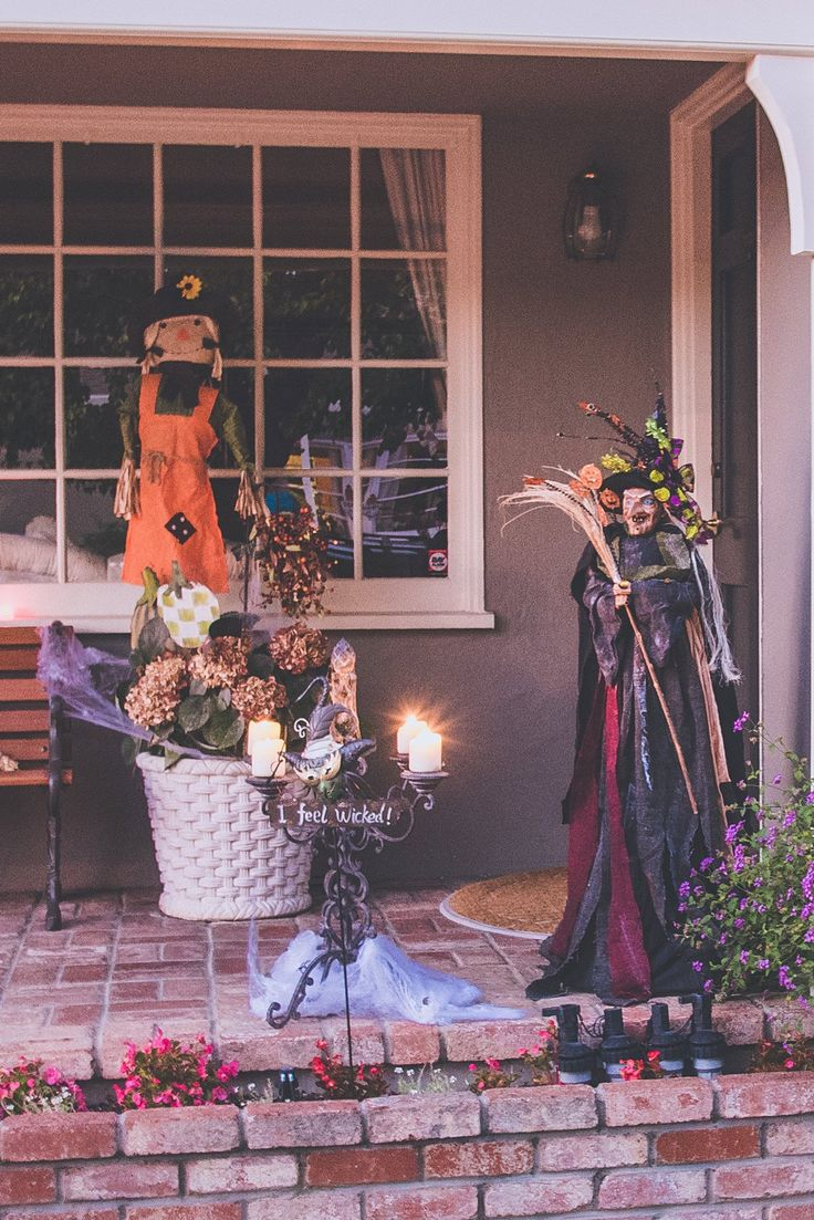 Halloween Deco - Three Best Places for Halloween in the San Francisco Bay Area | Travelhackers