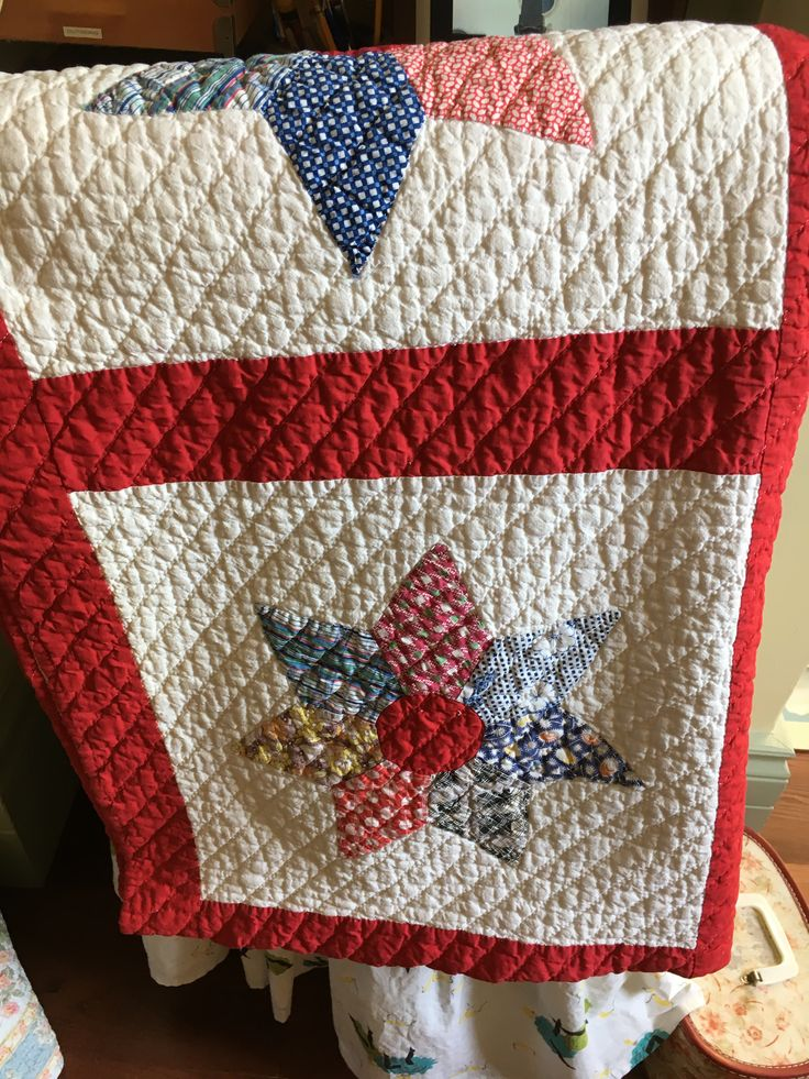 Nice vintage quilt ready for my booth.