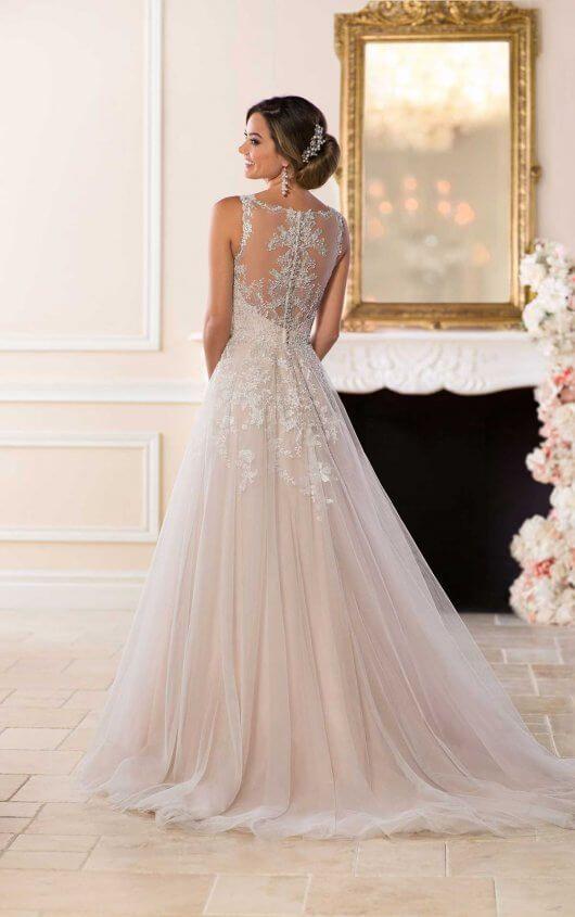 Vestido de novia romántico asequible
