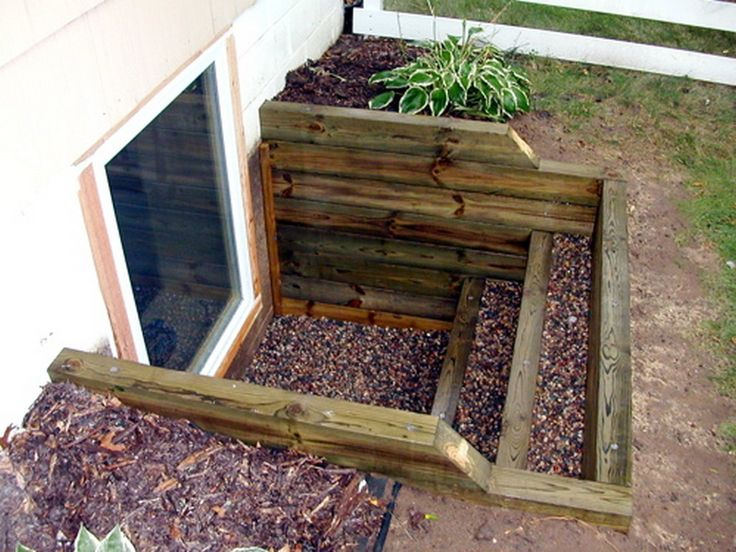 awesome 99 Egress Windows Landscaping Ideas http://www.99architecture.com/2017/03/03/99-egress-windows-landscaping-ideas/