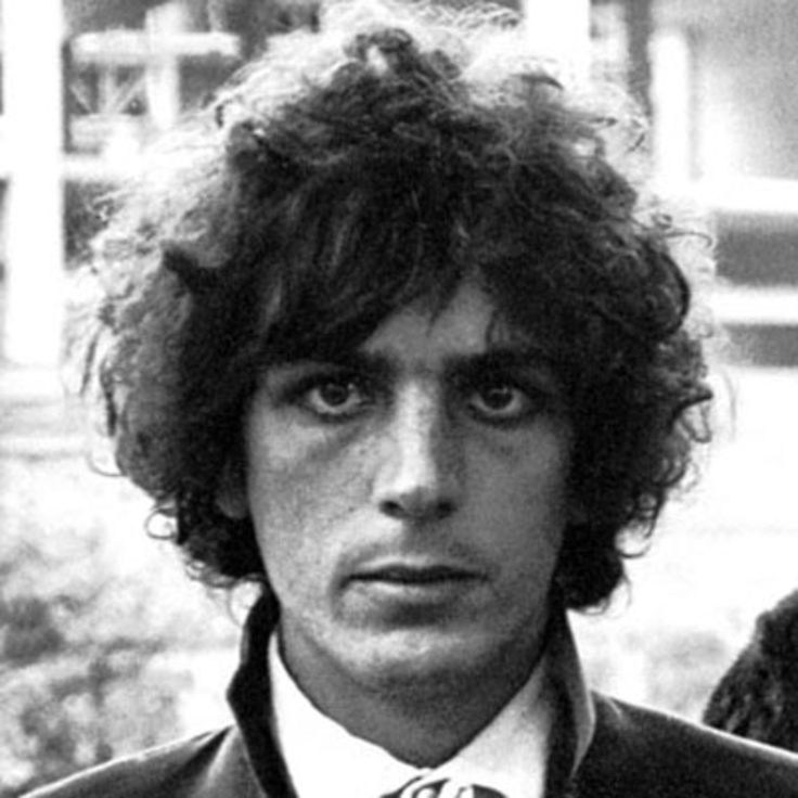Guitarist Syd Barrett helped found the psychedelic rock band Pink Floyd. After a mental break forced his departure, he spent 30 years as a painter and recluse.