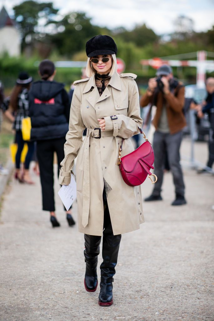 3f6d928b798 Xenia Adonts wearing trench coat