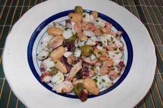 Insalata di calamari e fagioli