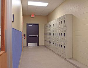2009 Hospital of the Year: Staff lockers | Hospital Design