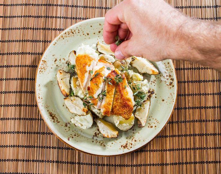Har du smakt jordskokk før? I uke 12 i Originalkasse serverer vi kyllingbryst med estragonduftende potetsalat og ovnsbakt jordskokk!   Du kan bestille leveringer her -> bit.ly/194Ym9B