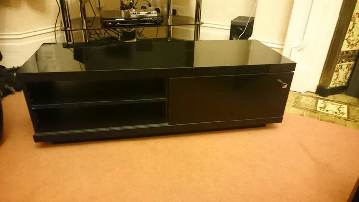TV stand, temporary