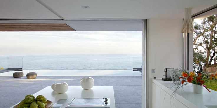 Amazing View Villa in Spanish Retractable glass walls