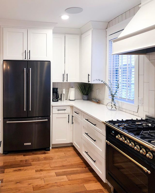 black and white kitchen with hallman range in matte black and brass hallmanrange whitekitchen on kitchen remodel not white id=21475