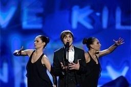 De Belgische zanger van Italiaanse afkomst Roberto Bellarosa komt als zesde aan de beurt in finale Eurosong