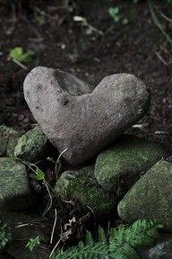 ♥ ...what I am always searching for... Heart rocks :)