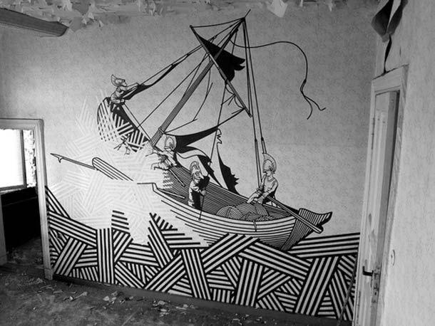 """Le """"Tape Art"""" de l'artiste australien BUFF DISS, qui utilise du masking tape, du ruban adhésif et du papier collant pour peupler la ville de ses créations. Du street art non dégradant qui peut être enlevé à tout moment sans laisser de trace, ce qui renforce encore le caractère éphémère de son travail…"""