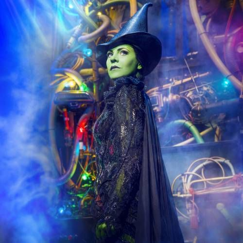 Wicked surpasses Billy Elliot to become the 16th longest running show in London theatre history https://tmbw.news/wicked-surpasses-billy-elliot-to-become-the-16th-longest-running-show-in-london-theatre-history  WICKED, the West End musical phenomenon that tells the incredible untold story of the Witches of Oz, will tonight play its 4567th performance at the Apollo Victoria Theatre, surpassing the triumphant run of Billy Elliot The Musical to become the 16th longest running show in London…
