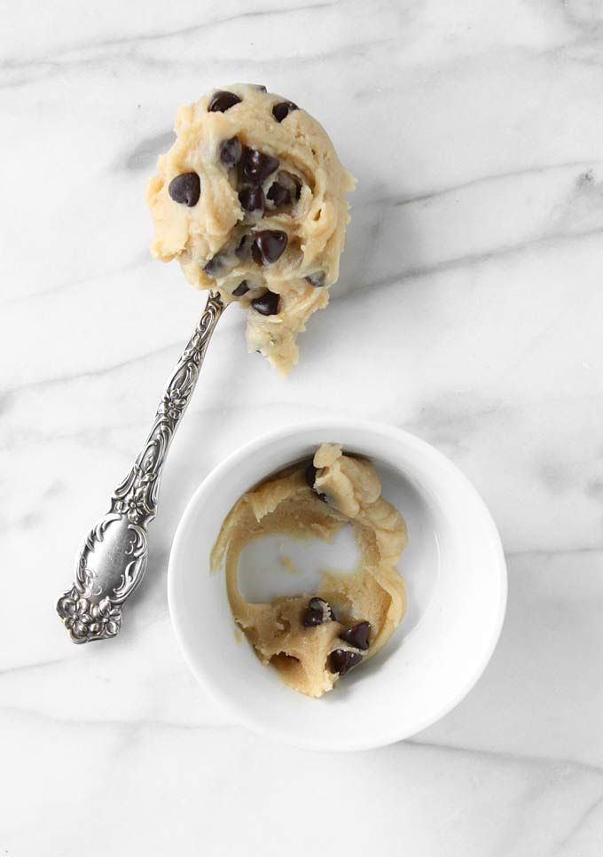 Single Serving Chocolate Chip Cookie Dough | http://www.thekitchenpaper.com/single-serving-chocolate-chip-cookie-dough/