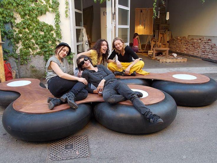 Camere D'aria _ riciclo creativo   Dalla collaborazione con l'associazione Micreo (www.micreo.org) nasce CAMERE D'ARIA, una seduta per esterni presenta all'edizione 2014 del Fuori Salone, realizzata recuperando vecchie camere d'aria da trattore. #riciclo #recupero #design #pneumatico