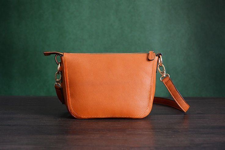 Image of Custom Handmade Itanlian Vegetable Tanned Leather Messenger Shoulder Bag Men Satchel Bag D032